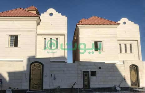 6 Bedroom Villa for Sale in Jeddah, Western Region - A classic villa with 2 floors and an annex in Al Sawari, North of Jeddah