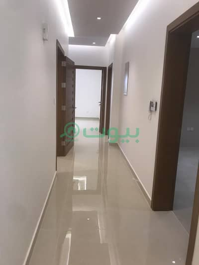 7 Bedroom Villa for Sale in Jeddah, Western Region - Villa 2 floors and an annex in Al Sawari, North of Jeddah
