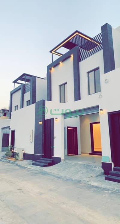 فیلا 4 غرف نوم للبيع في الرياض، منطقة الرياض - 3 فلل للبيع في حي النرجس، شمال الرياض
