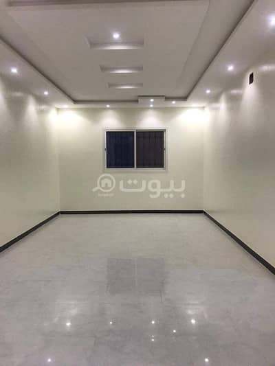 فیلا 5 غرف نوم للبيع في الرياض، منطقة الرياض - فيلا مؤسسة شقتين للبيع في نمار، غرب الرياض
