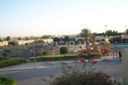 فیلا 3 غرف نوم للايجار في الرياض، منطقة الرياض - فيلا 3 غرف نوم للإيجار في مجمع نجد، غرناطة، شرق الرياض
