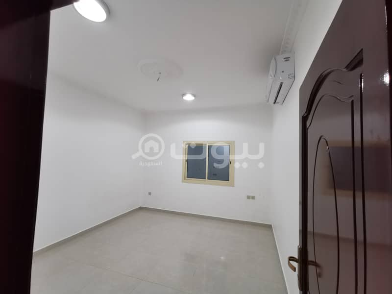 For rent apartment 3 bedrooms in Al Mahzur