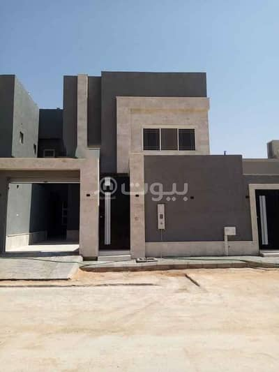 Duplex new Villa For Sale In Al Munsiyah, East Riyadh