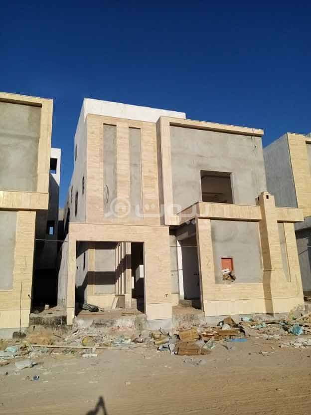 Internal staircase villa and apartment in Al Munsiyah, east of Riyadh