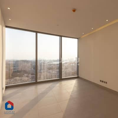 2 Bedroom Flat for Rent in Jeddah, Western Region - Apartment with parking and pool for rent in Bayat residential tower, Al Sharafeyah, North of Jeddah