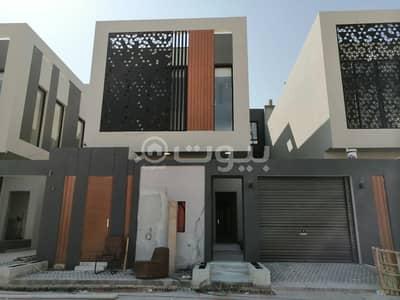 فیلا 4 غرف نوم للبيع في الرياض، منطقة الرياض - فيلا دوبلكس مميزة مستقلة مع مسبح للبيع في القيروان، شمال الرياض