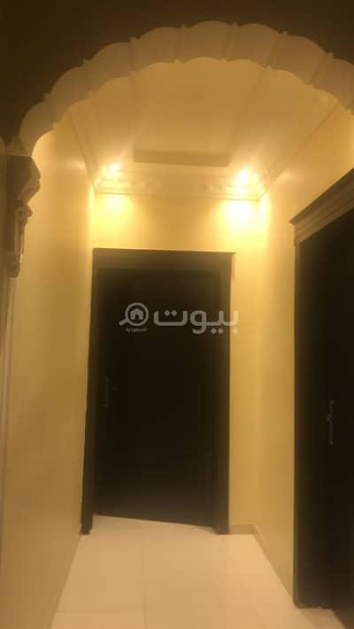فیلا 5 غرف نوم للبيع في الرياض، منطقة الرياض - للبيع فيلا زاوية بحي النهضة، شرق الرياض