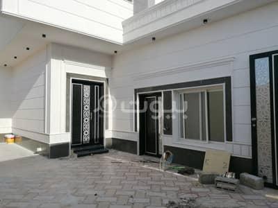 6 Bedroom Villa for Sale in Riyadh, Riyadh Region - Villa Internal Staircase And 2 apartments For Sale In Namar, West Riyadh