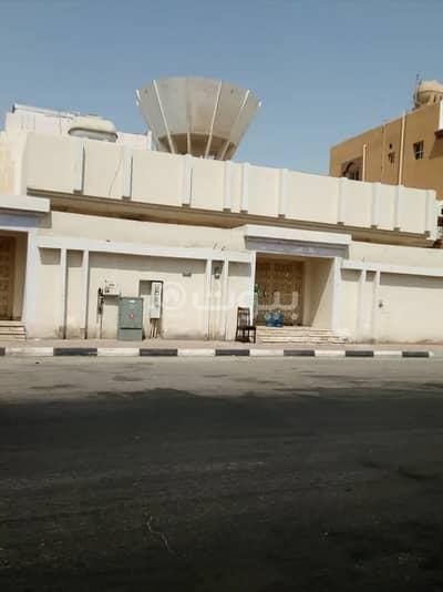 دور 5 غرف نوم للبيع في الدمام، المنطقة الشرقية - دور 400م2 للبيع ببدر، الدمام