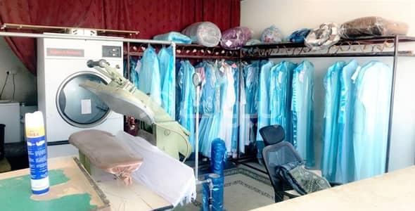 محل تجاري  للايجار في خميس مشيط، منطقة عسير - مغسلة ملابس للتقبيل في خميس مشيط، عسير