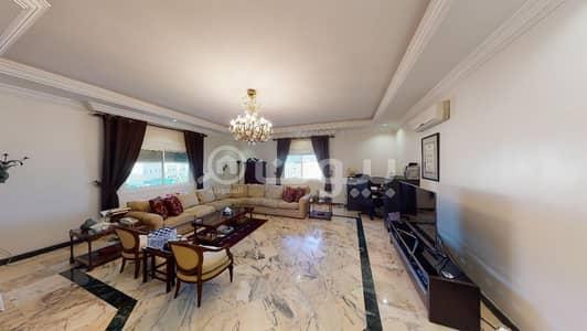 قصر 4 غرف نوم للبيع في جدة، المنطقة الغربية - قصر للبيع في حي الحمراء، وسط جدة | مع ملحق خارجي