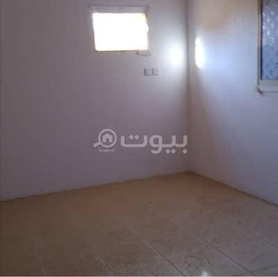 2 Bedroom Apartment for Rent in Hafar Al Batin, Eastern Region - 2 apartments with park for rent in Al Muruj, Hafar Al Batin