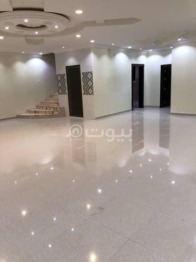 فیلا 8 غرف نوم للايجار في الرياض، منطقة الرياض - فيلا مع روف | 450م2 للإيجار في ظهرة لبن، غرب الرياض