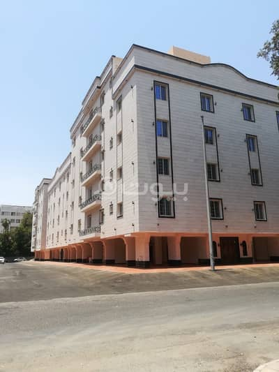 6 Bedroom Apartment for Sale in Jeddah, Western Region - Luxurious Apartments for sale in Al Sharafeyah, North of Jeddah