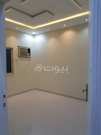 فیلا 4 غرف نوم للايجار في الرياض، منطقة الرياض - فيلا دور أرضي  للإيجار بحي الروضة، شرق الرياض