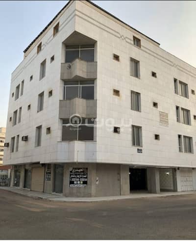 Residential Building for Rent in Madina, Al Madinah Region - Building for rent 3 floors and an annex in Bani Abdul Ashhal, Madina