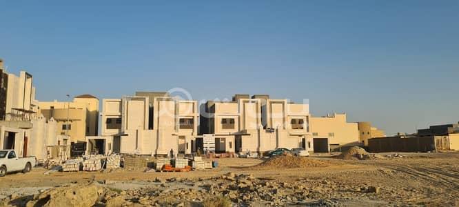فیلا 6 غرف نوم للبيع في بريدة، منطقة القصيم - للبيع فيلا مع سطح في حي سلطانة، بريدة