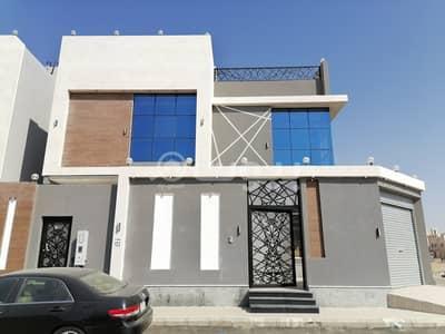 فیلا 7 غرف نوم للبيع في جدة، المنطقة الغربية - فيلا دورين مع ملحق و سطح في الرحمانية، شمال جدة