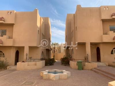 فیلا 3 غرف نوم للايجار في الرياض، منطقة الرياض - دوبلكس للإيجار كمباوند في حي الهدا، غرب الرياض