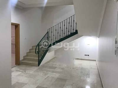 7 Bedroom Villa for Rent in Riyadh, Riyadh Region - Villa stairway in the hall with park for rent in Al Nuzhah, north of Riyadh