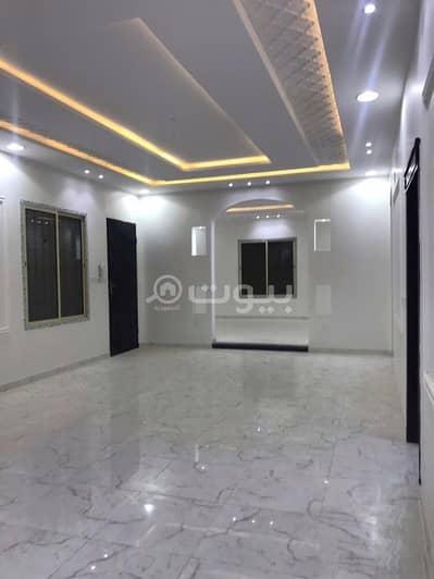 4 Bedroom Villa for Sale in Riyadh, Riyadh Region - Villa   4 BDR with Stairs in the hall for sale in Al Qadisiyah, East of Riyadh