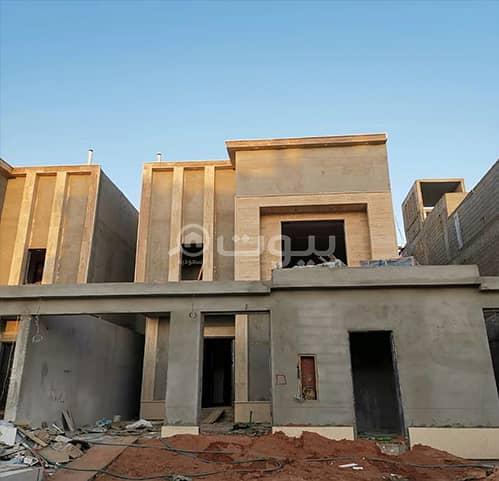 Duplex villa with park for sale in Al Munsiyah, east of Riyadh