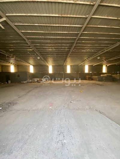 Warehouse for Rent in Jeddah, Western Region - Warehouse for rent in Al Sultan Scheme, North of Jeddah