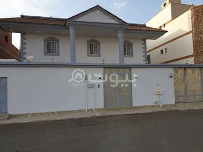 10 Bedroom Villa for Sale in Jeddah, Western Region - Villa for sale in Obhur Al Janoubiyah, North Jeddah | 700 sqm