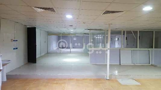 Warehouse for Rent in Jeddah, Western Region - Warehouse For Rent In Al Harazat, Abruq Al Rughamah North Jeddah
