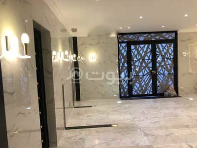 5 Bedroom Apartment for Rent in Jeddah, Western Region - Apartment for rent in Shuja Ibn Wahab Street in Al Salamah, North of Jeddah