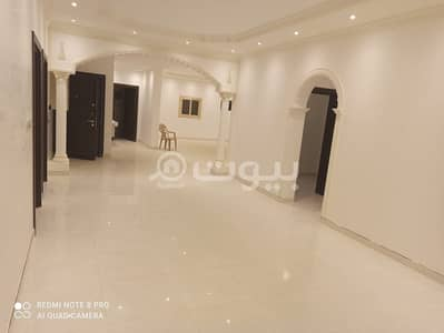 12 Bedroom Residential Building for Sale in Madina, Al Madinah Region - Spacious Residential Building | 400 SQM for sale in King Fahd, Al Madina