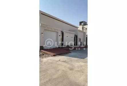 3 Bedroom Floor for Sale in Riyadh, Riyadh Region - Floor for sale in Al Mahdiyah, west of Riyadh | 430 sqm