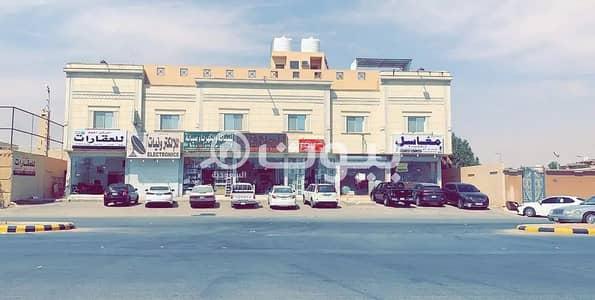 Residential Building for Sale in Riyadh, Riyadh Region - Residential building for sale in Al Yarmuk, east of Riyadh