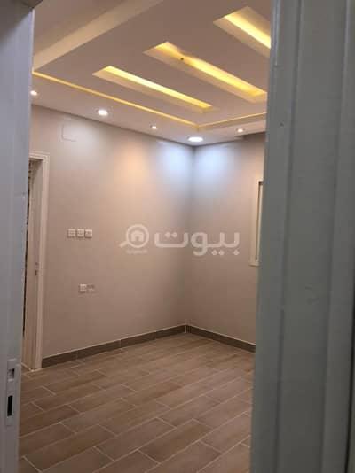 شقة 4 غرف نوم للبيع في تبوك، منطقة تبوك - شقة مع سطح للبيع حي الحمراء، تبوك