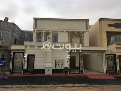 4 Bedroom Villa for Sale in Riyadh, Riyadh Region - An internal staircase villa for sale in Al Munsiyah, East Riyadh