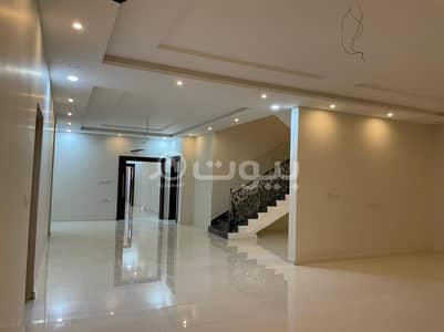 6 Bedroom Villa for Sale in Jeddah, Western Region - Villa | 2 floors and an annex for sale in Taiba District, North Jeddah
