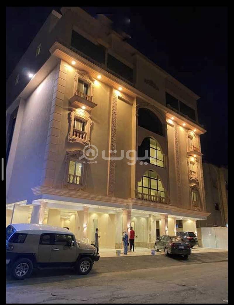 شقة روف للبيع في الروضة، شمال جدة