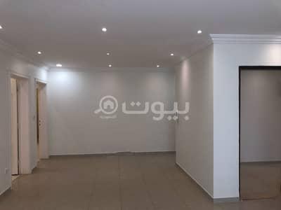 دور 5 غرف نوم للايجار في الرياض، منطقة الرياض - دور علوي واسع للإيجار في الروضة، شرق الرياض