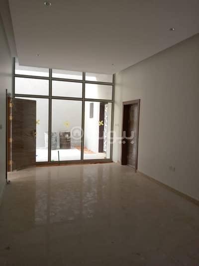 فیلا 4 غرف نوم للبيع في الرياض، منطقة الرياض - فيلا مع كراج للبيع بحي الياسمين، شمال الرياض