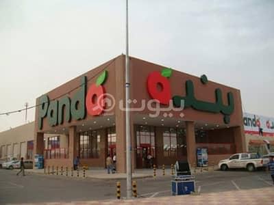 محل تجاري  للايجار في بريدة، منطقة القصيم - محلات للإيجار في سوق بنده في حي الحزم، بريدة