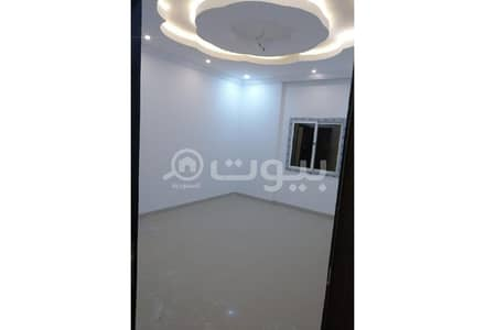 Residential Building for Sale in Jeddah, Western Region - Residential Building near a Health Center for sale in Al Rayaan, North of Jeddah