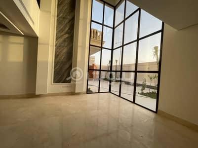 فیلا 8 غرف نوم للبيع في الرياض، منطقة الرياض - فيلا فاخرة مع روف للبيع بحي الملقا، شمال الرياض