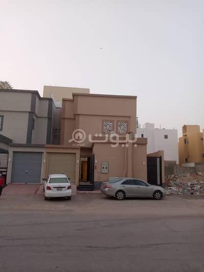 فیلا 7 غرف نوم للبيع في الرياض، منطقة الرياض - فيلا مفروشة مع روف للبيع في الرمال الذهبي، شرق الرياض