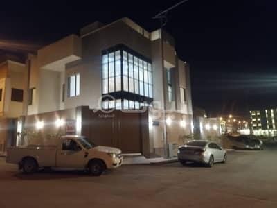 6 Bedroom Villa for Sale in Riyadh, Riyadh Region - Internal Staircase Villa For Sale In Al Malqa, North Riyadh