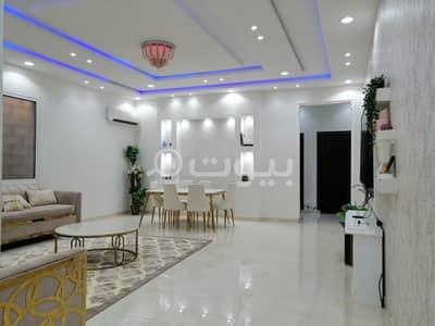 3 Bedroom Villa for Sale in Riyadh, Riyadh Region - Villa with 3 apartments for sale in Al Rimal, East of Riyadh