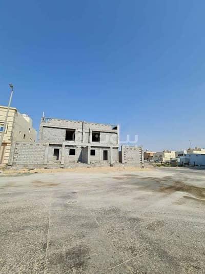 فیلا 5 غرف نوم للبيع في الدمام، المنطقة الشرقية - فيلتين دوبلكس عظم للبيع في ضاحية الملك فهد، الدمام