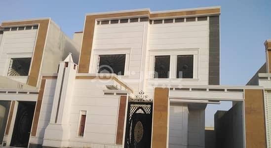 فیلا 5 غرف نوم للبيع في الرياض، منطقة الرياض - للبيع  فيلا دبلكس المساحه ٢٣٠م  الحي السويدي السعر ٩٠٠الف
