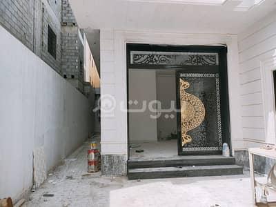 فیلا 7 غرف نوم للبيع في الرياض، منطقة الرياض - للبيع فيلا درج داخلي وشقة في القادسية، شرق الرياض
