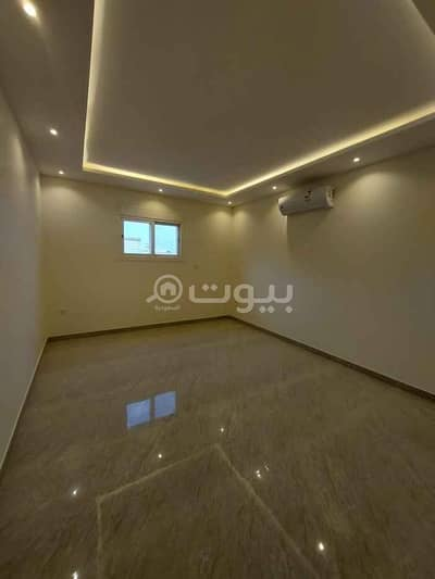 دور 3 غرف نوم للايجار في الرياض، منطقة الرياض - دور للإيجار بحي الربوة، وسط الرياض | 250م2