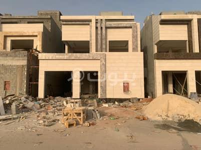 Villa for Sale in Riyadh, Riyadh Region - 6 Internal Staircase Villas And Apartment For Sale In Al Munsiyah, East Riyadh